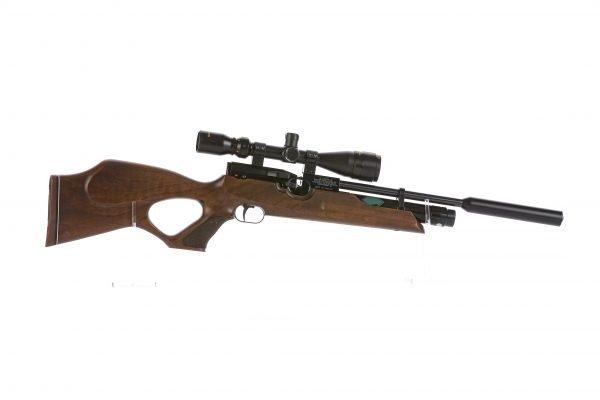 Weihrauch HW100 KT Thumbhole PCP Air Rifle Walnut 5