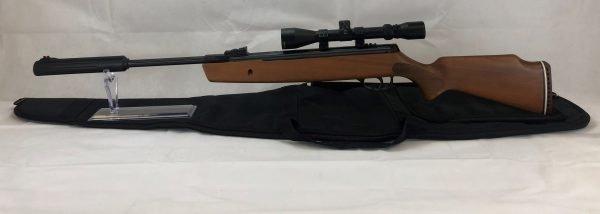 Hatsan 900x Break Barrel Package 3-9 X 40 Scope, Mounts and Rifle Case 3