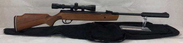 Hatsan 900x Break Barrel Package 3-9 X 40 Scope, Mounts and Rifle Case 1